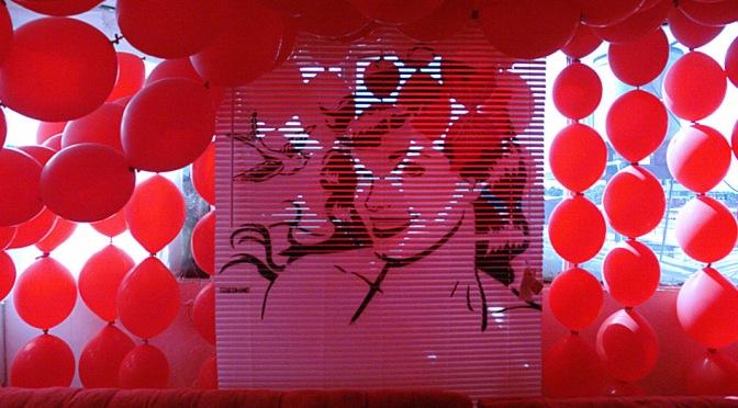 Tiendas Pop-up / Espacios efímeros para Sorpresa Caliente